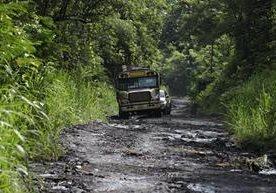 Siete comunidades cercanas al volcan de Fuego podrían quedar aisladas.