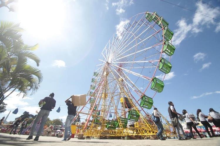 El reglamento elaborado por la Cored normará el uso de juegos mecánicos en ferias. (Foto Prensa Libre: HemerotecaPL)