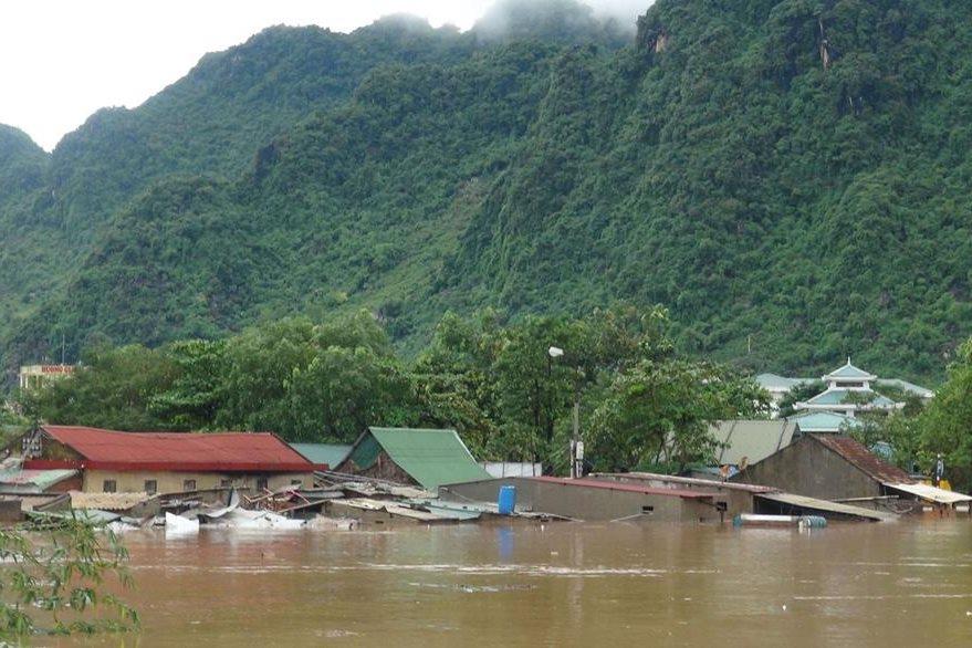 Una inundación en Vietnam. (Foto Prensa Libre: AFP).