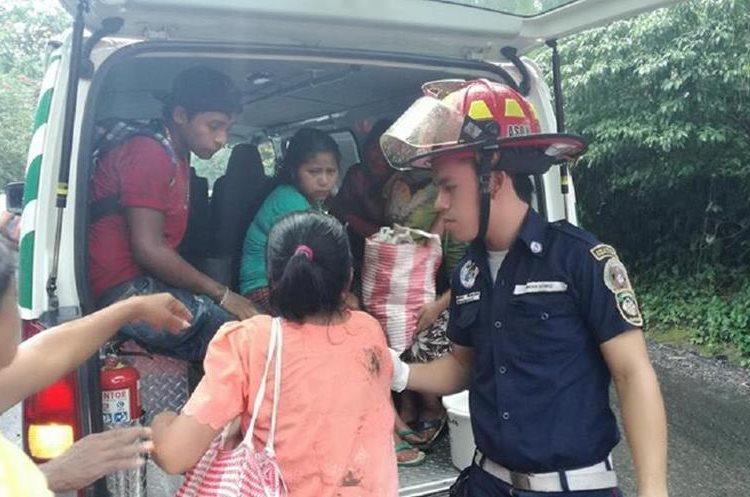 Los heridos fueron trasladados al Hospital de Mazatenango. (Foto Prensa Libre: Cristian I. Soto)