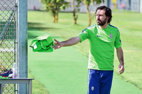 Andrea Pirlo se entrena con normalidad en el centro de entrenamiento de la Juventus en Vinovo cerca de Turin. (Foto Prensa Libre: AFP).