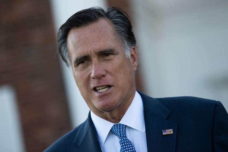 El excandidato presidencial del 2012 Mitt Romney, se reunión con Donald Trump el domingo. (Foto Prensa Libre: AFP).