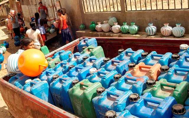 la escasez  de agua para  consumo humano es solo uno de los problemas  causados  por  el cambio climatico. (Foto Prensa Libre: Oswaldo Cardona)