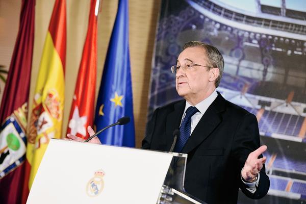 El presidente del Real Madrid  Florentino Pérez desvelará el nombre del nuevo entrenador del Club la próxima semana. (Foto Prensa Libre: AFP)
