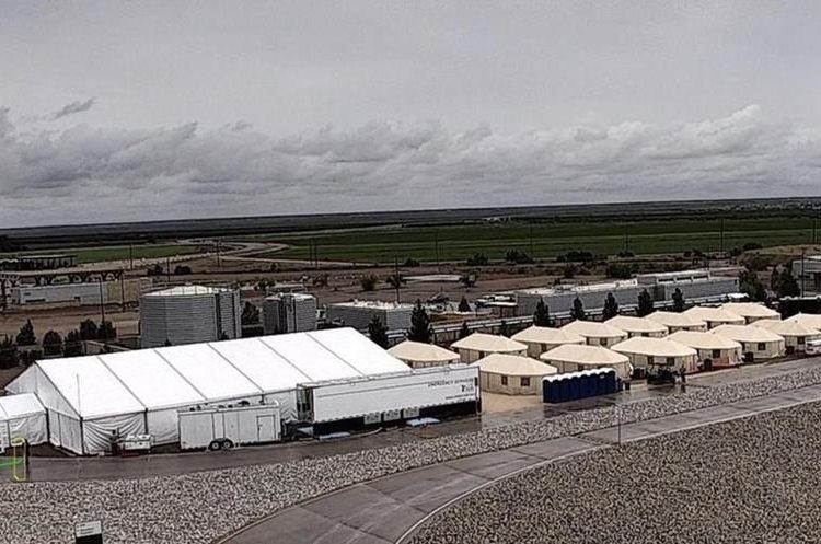 Juez de EU ordena reunificar a las familias migrantes