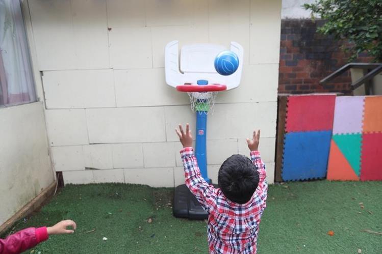 Los menores beneficiados en el Hogar de Niños Fátima reciben atención en distintas áreas para su mejor desarrollo. (Foto Prensa Libre: Érick Ávila).
