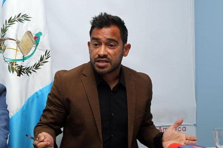 Carlos Ruiz ha manifestado en más de una ocasión su deseo de presidir la Fedefut y empezar un cambio a favor de los futbolistas. (Foto Prensa Libre: Hemeroteca PL)