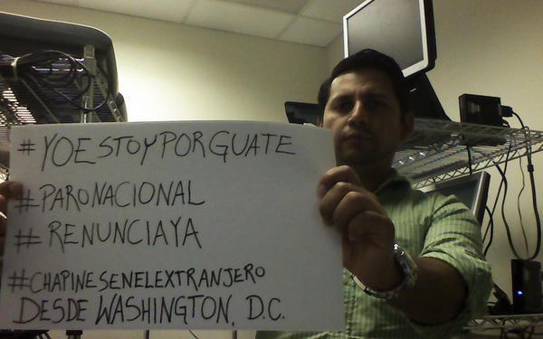 Ricardo Aguilar también muestra su rechazo a Otto Pérez Molina desde Washington. D.C.
