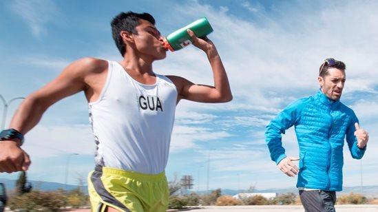 Francisco Paquillo Fernández aseguró que Barrondo aún no está para ganar una medalla en el Mundial del Atletismo. (Foto Prensa Libre: EFE).