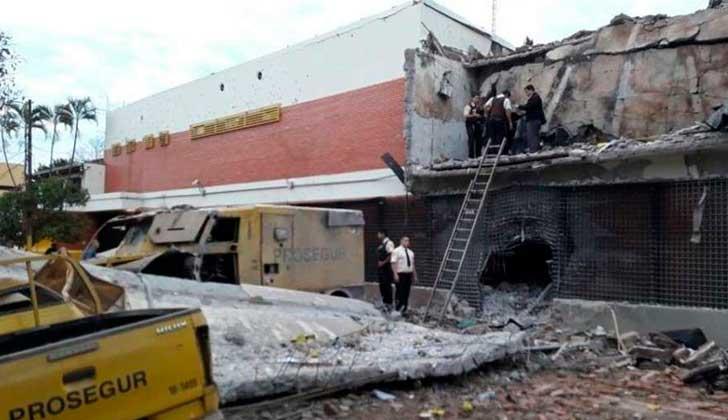 Medios como ABC mostraron los daños causados en la sede de valores. (Foto del sitio lr21.com.uy)