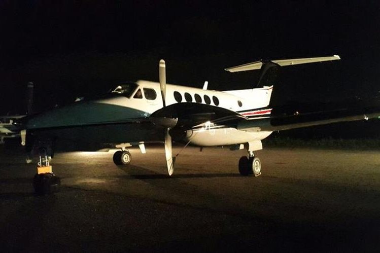 La avioneta que ingresó al país procedente de Honduras. (Foto Prensa Libre: Fuentes oficiales)