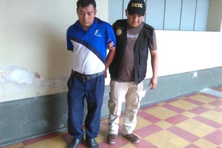 Byron Estuardo Felipe es sindicado de un crimen ocurrido en Chiquimula. (Foto Prensa Libre: Edwin Paxtor).