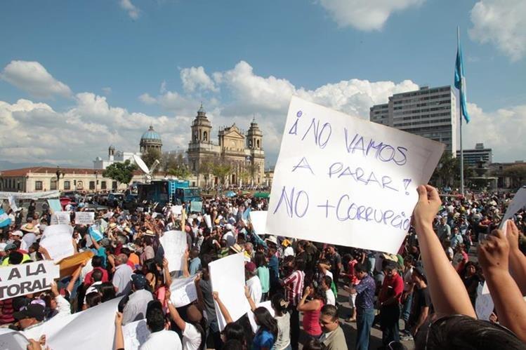 Las demandas de combate a la corrupción no se han transformado en políticas públicas, según sectores sociales. (Foto Prensa Libre: Hemeroteca PL)