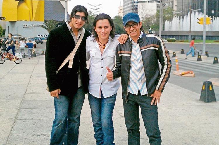 Marlon, Juan Carlos y Roger integran el grupo Bacilea, formado en el 2001.