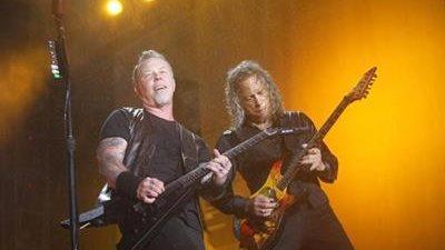 Los integrantes de Metallica James Hetfield, voz y guitarra; y Kirk Hammett, guitarrista principal, durante su concierto en Guatemala, en 2016. (Foto Prensa Libre: Keneth Cruz)