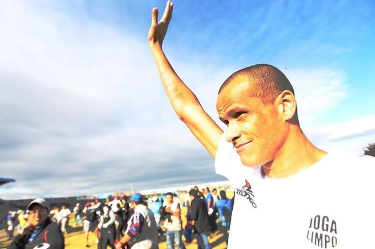 """Rivaldo dice que quienes viajen a Río de Janeiro para asistir a los Juegos Olímpicos """"pondrán sus vidas en peligro"""" debido a la violencia endémica de la ciudad. (Foto Prensa Libre: Hemeroteca PL)"""