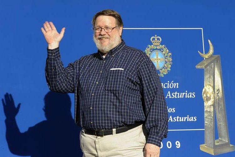 Raymond Tomlinson falleció a los 74 años, entre sus grandes aportes está la creación del símbolo @. (Foto Prensa Libre: AFP)