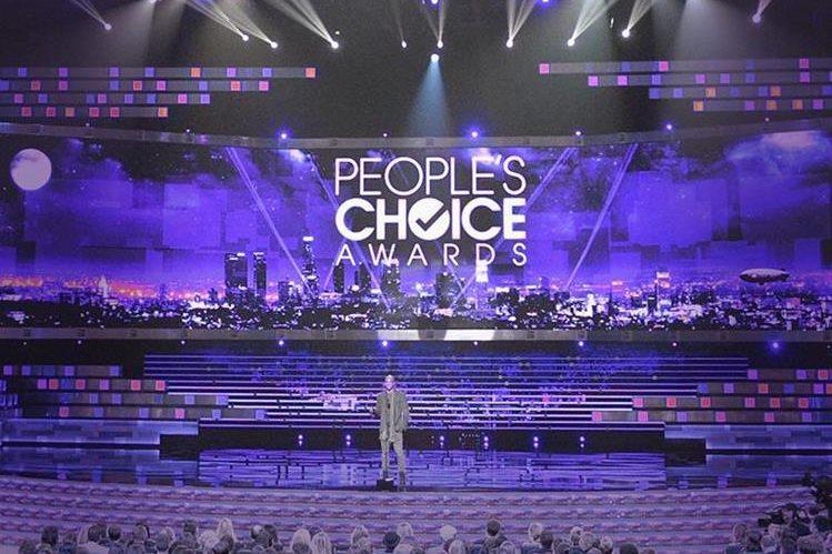 Los People's Choice Awards se distinguen por ser los premios que otorga el público a sus artistas favoritos. (Foto Prensa Libre: Warner Channel)