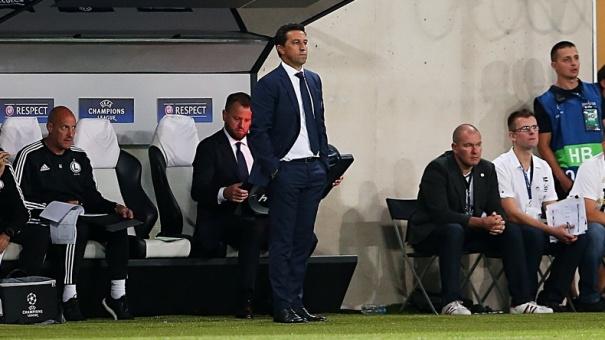 El técnico Besnik Hasi fue despedido como técnico del Legia de Varsovia por los malos resultados. (Foto Prensa Libre: Legia de Varsovia)
