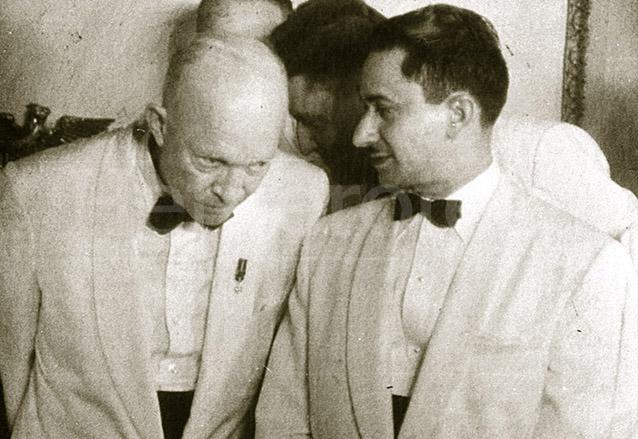 El presidente de Estados Unidos Dwight Eisenhower y Castillo Armas durante una reunión de presidentes en Panamá. (Foto: Hemeroteca PL)