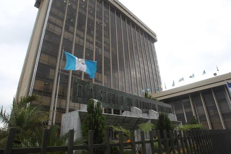 El Ministerio de Finanzas espera que esta semana se libere el monto de Q4 mil 715 millones para emitir bonos. (Foto, Prensa Libre: Hemeroteca PL)