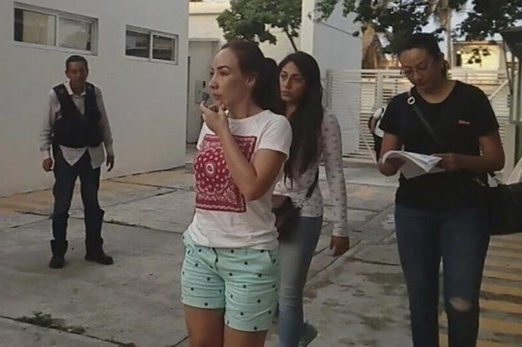 Xóchitl Tress Rodríguez -al frente- es pieza clave en juicio contra Duarte. (Foto del sitio unionperiodistas.com)