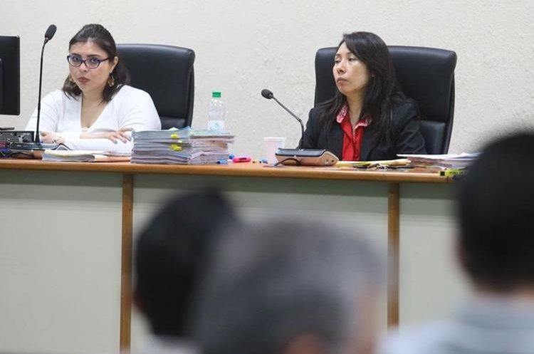 Juzgado de Mayor Riesgo D escucha el testimonio de colaboradores eficaces a través de audios. (Foto Prensa Libre: Álvaro Interiano)