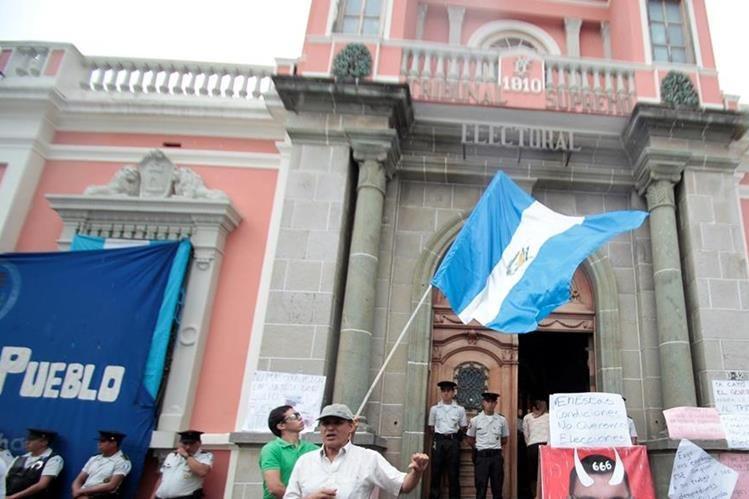 El movimiento ciudadano de 2015 alentó la reforma electoral, pero los resultados han sido deficientes. (Foto: Hemeroteca PL)