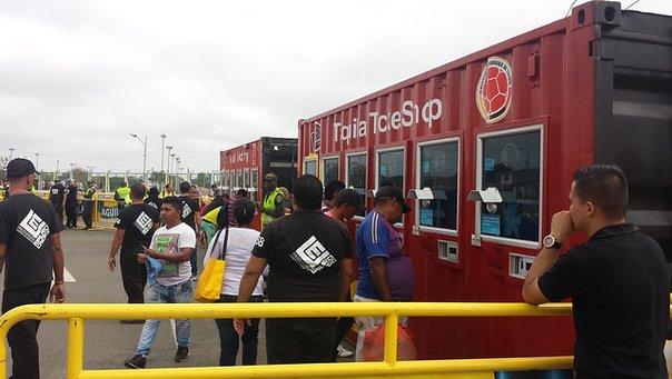 Delincuentes interceptaron a un mensajero y le robaron 152 entradas para el partido de la sexta jornada de las eliminatorias al Mundial de Rusia 2018, entre Colombia y Ecuador. (Foto Prensa Libre: tomada de Colprensa)