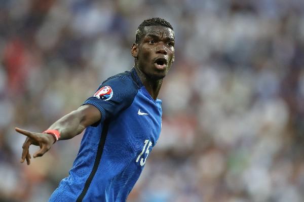 Paul Pogba es uno de los jugadores más codiciados en el futbol mundial. La Juventus quiere retenerlo. (Foto Prensa Libre: AFP)