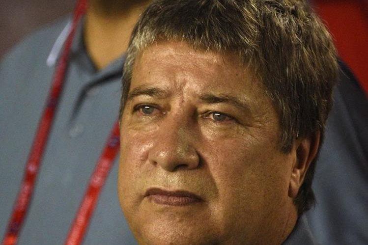El técnico colombiano de Panamá, Hernan Gómez, se mostró satisfecho con el empate frente a México. (Foto Prensa Libre: AFP)
