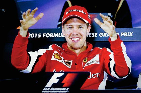 El piloto alemán Sebastian Vettel, de Ferrari, participa en una rueda de prensa en el Circuito Internacional de Shanghái, China. (Foto Prensa Libre: EFE)