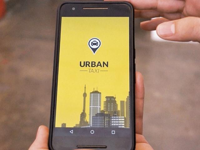 La aplicación para teléfonos móviles de Urban Taxi estará disponible a partir de agosto del presente año. (Foto Prensa Libre: Luis Velásquez)