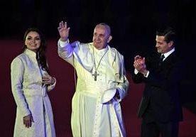 Millones dle mexicanos dieron la bienvenida al Papa.