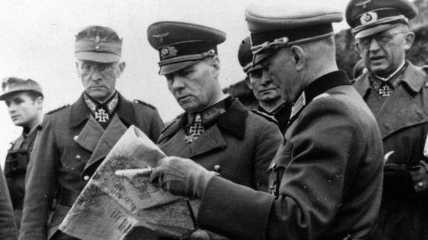 Los alemanes condecoraron a Pujol por sus servicios. GETTY IMAGES