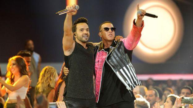 """Los puertorriqueños Luis Fonsi y Daddy Yankee han convertido a """"Despacito"""" en un fenómeno global. (Getty Images)"""