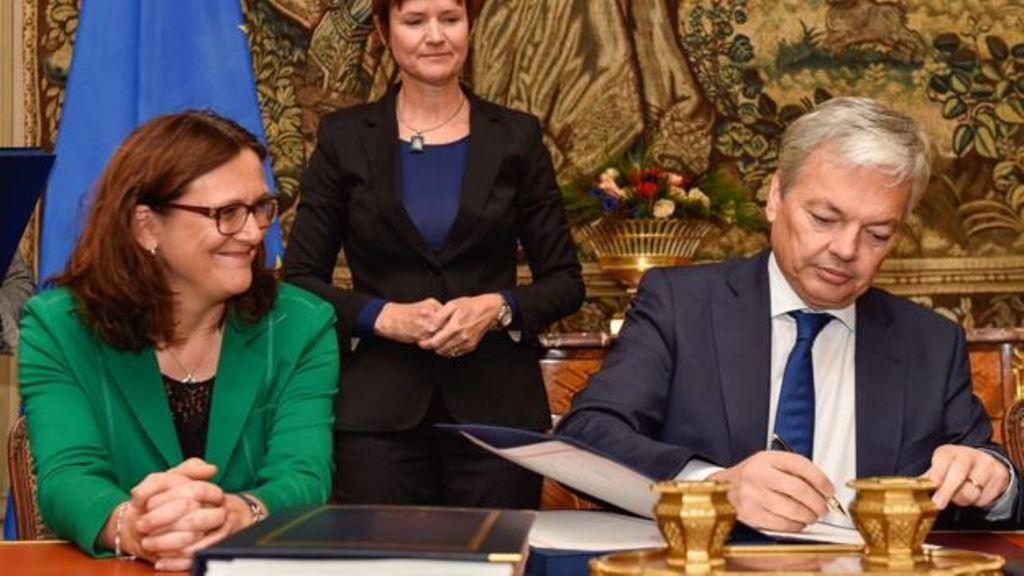 Finalmente, Bélgica firmó el acuerdo el sábado. EPA