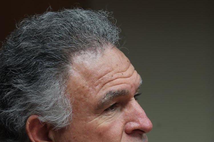El empresario Dionisio Gutiérrez durante entrevista con Prensa Libre. (Foto Prensa Libre: Érick Ávila)