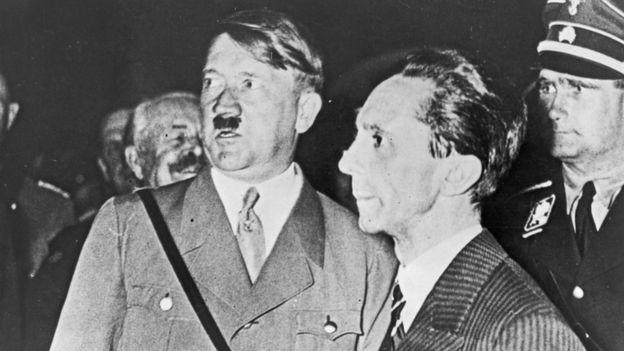 Hitler explicó su visión del mundo en Mein Kampf (Mi lucha)