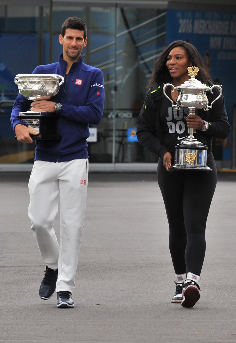 Djokovic y Williams son los actuales campeones defensores de Melbourne. (Foto Prensa Libre: AFP)