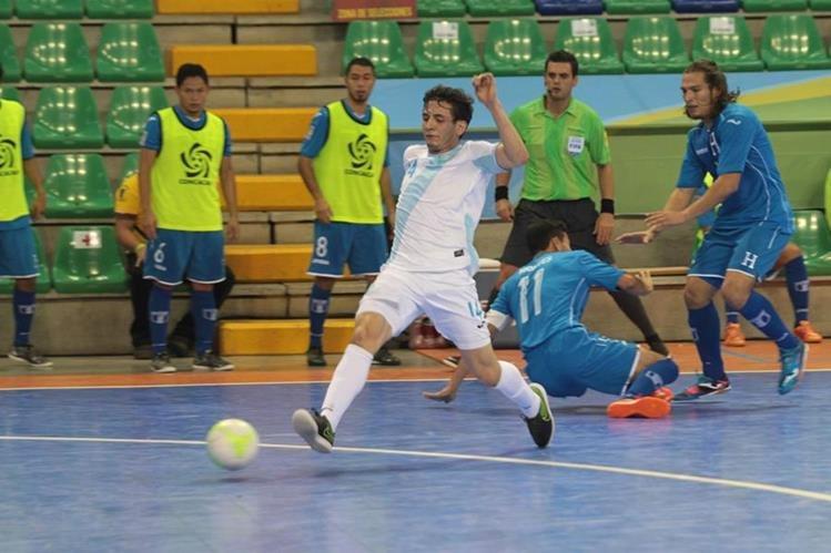 Guatemala buscará el tercer puesto en el Premundial de Costa Rica, cuando mañana se mida a Cuba. (Foto Prensa Libre: Norvin Mendoza)