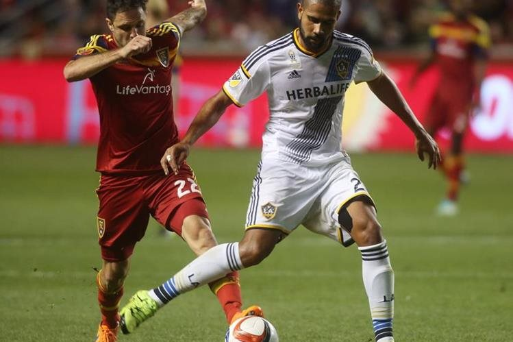 Tras enfrentarse el sábado pasado en la MLS el Real Salt Lake y el Galaxy de Los Ángeles están listos para sus respectivos compromisos en la Concachampions. (Foto Prensa Libre: AP)