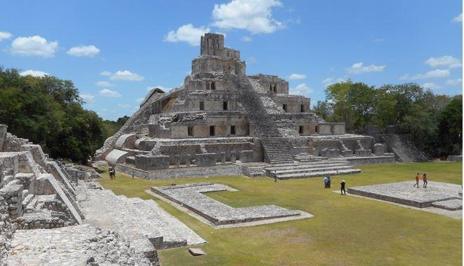 La Pirámide de los Cinco Pisos, edificio maya ubicado en la Península de Yucatán,Campeche, México. (NICK EVANS)