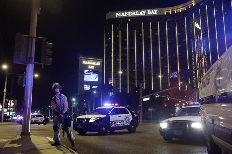 La actuación de policías durante el ataque en Las Vegas ha sido elogiada. (Foto Prensa Libre: AP)