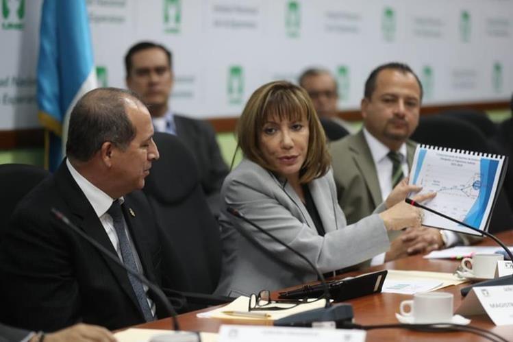 Magistrados de la CSJ presentan sus necesidades presupuestarias a diputados en el Congreso de la República. (Foto Prensa Libre: Óscar Rivas)