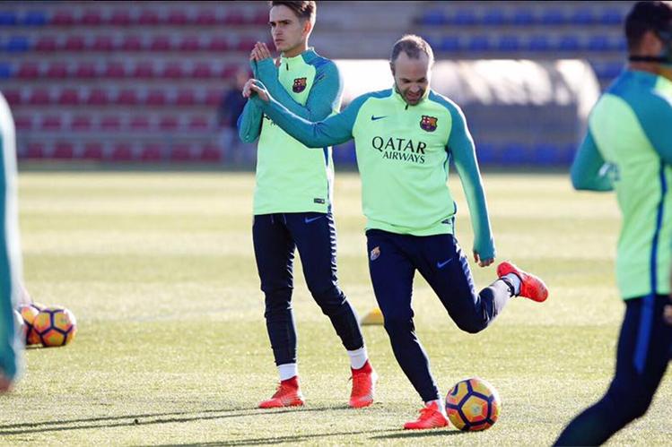 El mediocampista Andrés Iniesta espera que el Barcelona coseche más éxitos. (Foto Prensa Libre: FC Barcelona)
