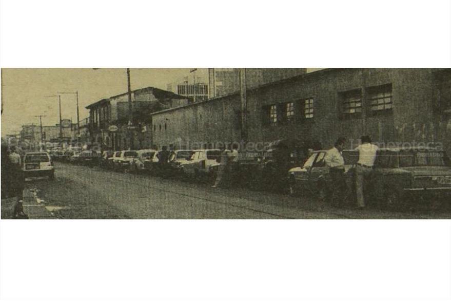 A finales de 1973 la crisis de los combustibles de agravó debido al racionamiento. Supuestamente, las refinerías locales no contaban con suficiente producción. (Foto: Hemeroteca PL)