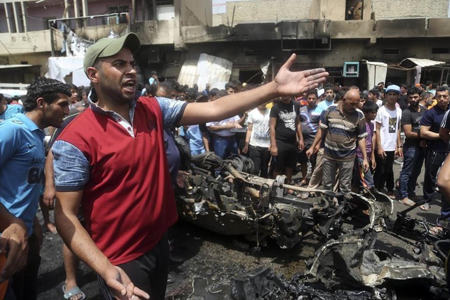 Iraquíes protestan en contra del Gobierno a quien reclaman mayor seguridad. (Foto Prensa Libre: AP).