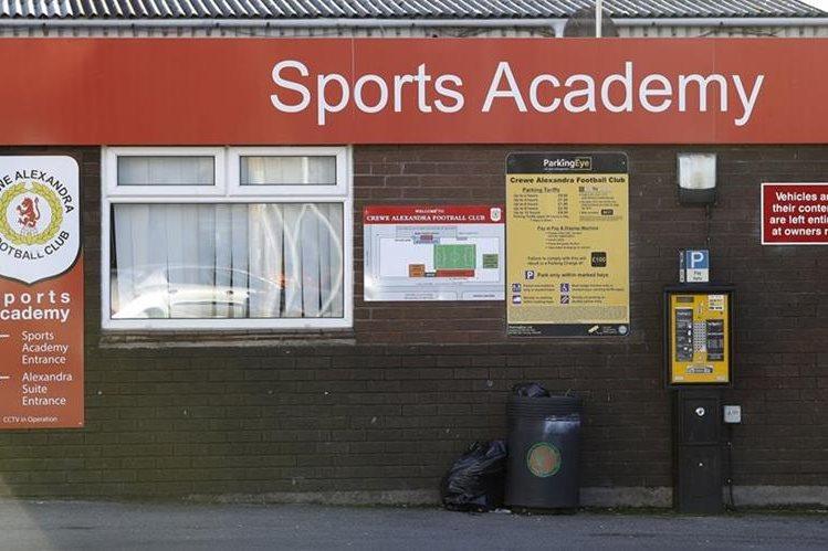 El Crewe inició la investigación por abuso sexual a sus jugadores. (Foto Prensa Libre: AP)