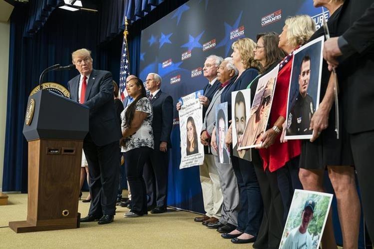 Trump pide deportar inmigrantes ilegales 'sin jueces ni casos en tribunales'